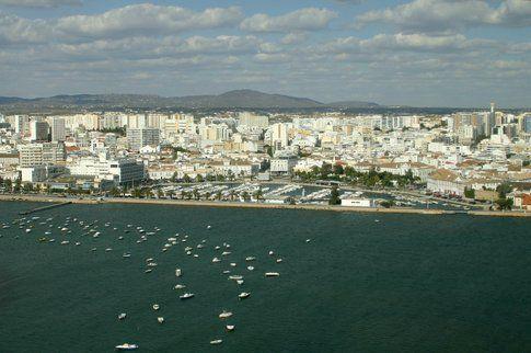 Faro. Foto di www.sxc.hu