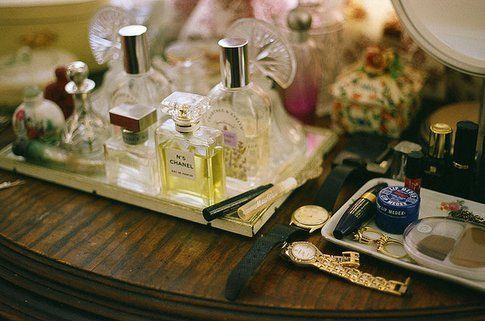 Organizzazione make up - Foto by Lauren Powell-Smothers su Flickr