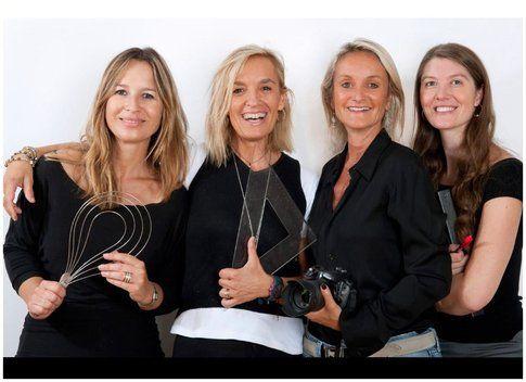 Le quattro donne che hanno realizzato il libro: Emanuela, Martina, Raffaella e Elena