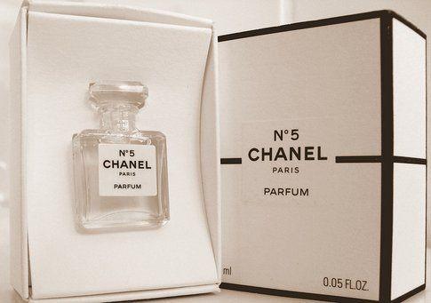 Chanel Parfumes - Foto su Flickr by Paulo José Silva Ferraz