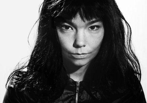 Björk - foto di Viliam Hrubovcak and Jolie concessa da ufficio stampa ONO Arte