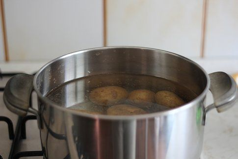 tutorial gnocchi senza uova: fase 1