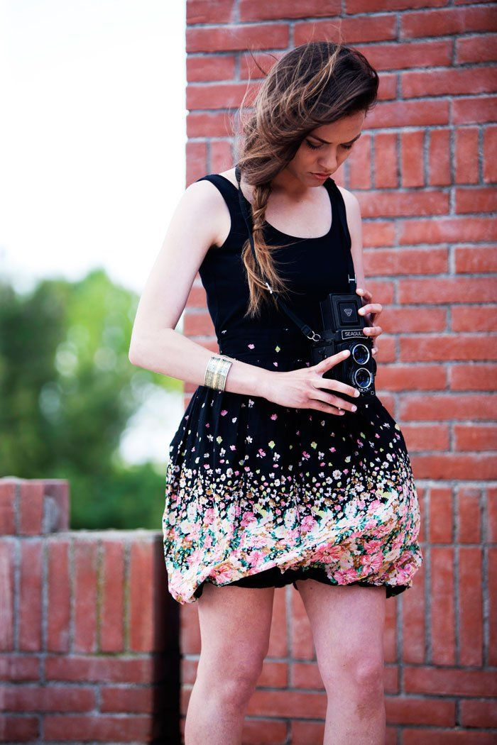 Black dress with flower AngelEye London PH Ennio Tullo