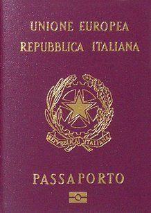 Passaporto italiano. Fonte: Wikimedia Commons