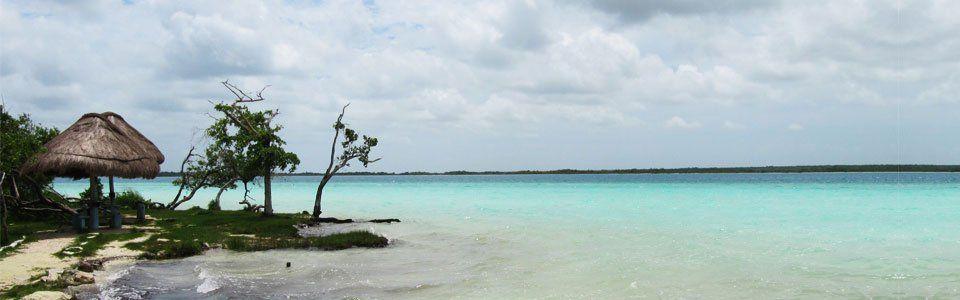 Bacalar in Messico: credi di essere sul Mar dei Caraibi e invece...