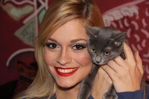 Alice e la sua gatta Tiffany