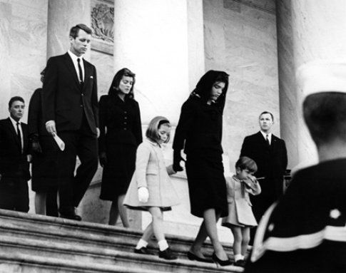 Jackie Kennedy ai funerali del Presidente - foto da John F. Kennedy Presidential Library and Museum