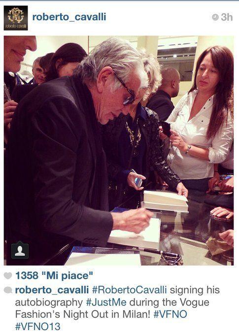 Vogue Fashion Night Out: la notte più fashion dell'anno vista attraverso Instagram! Foto: @roberto_cavalli