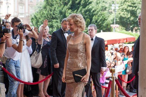 """Una scena di """"Diana - La storia segreta di Lady D"""" - immagine da ufficio stampa ufficiale film"""
