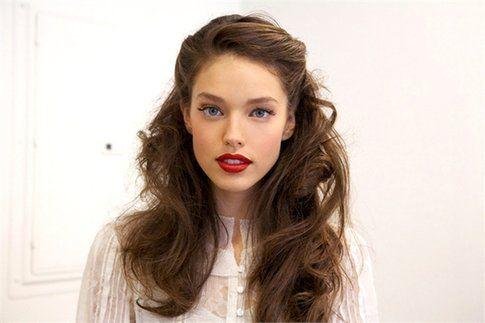Make-up sui toni del beige: perfetto per l'autunno! Fonte: Maybelline NewYork