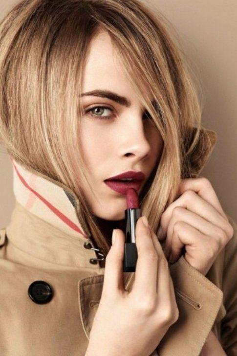 Make-up sui toni del beige: perfetto per l'autunno! Fonte: it.burberry.com