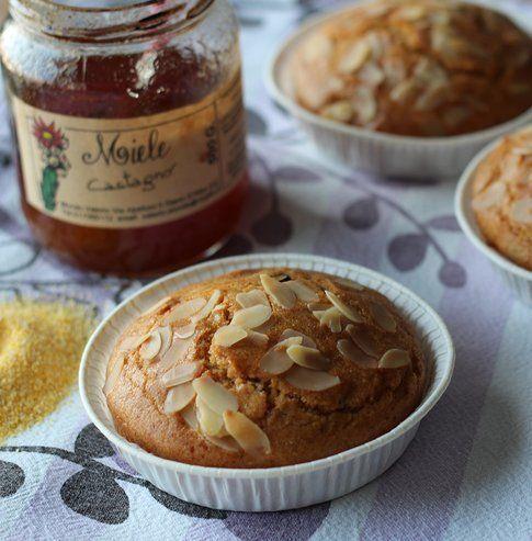 torta con miele e polenta, un dolce che ti sa sorprendere
