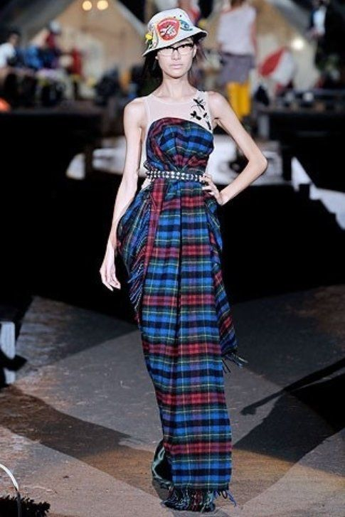 Abito in check dsquared, fonte moda.pourfemme.it