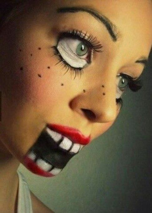 """Make-up per Halloween: qualche idea veloce per essere """"terrificanti"""" fonte : Pinterest Creepy Doll"""