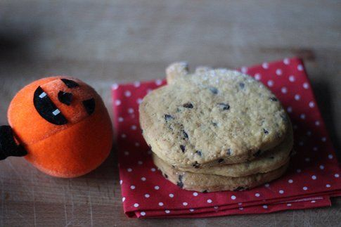 Halloween in cucina: biscotti alla zucca e cannella   Bigodino