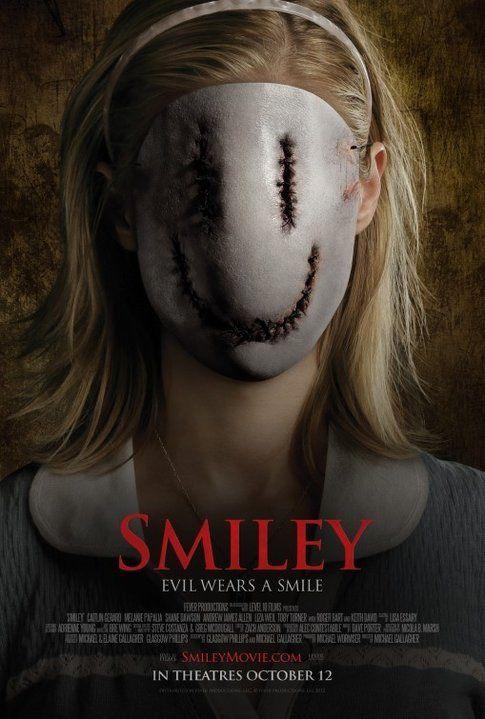 Locandina di Smiley; foto Movieplayer.it