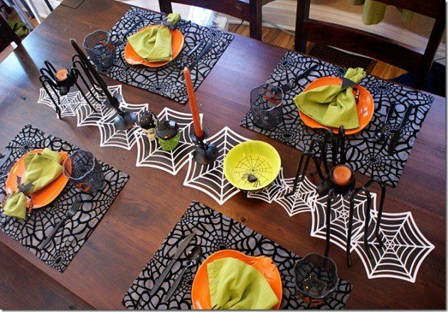 Halloween idee per allestire la tavola da pranzo bigodino - Tavola da pranzo ...