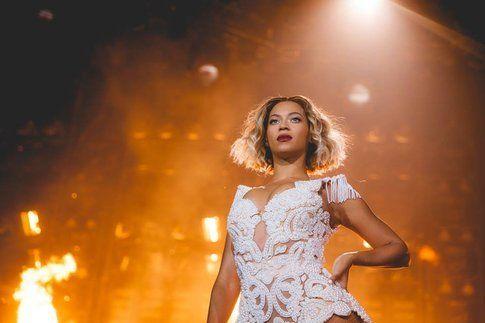 Beyonce in concerto - foto Facebook ufficiale