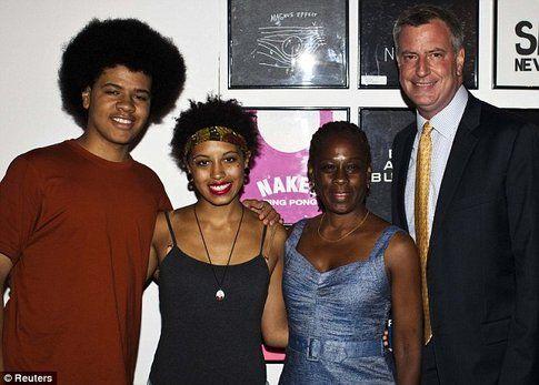 La famiglia De Blasio - foto Daily Mail.co.uk