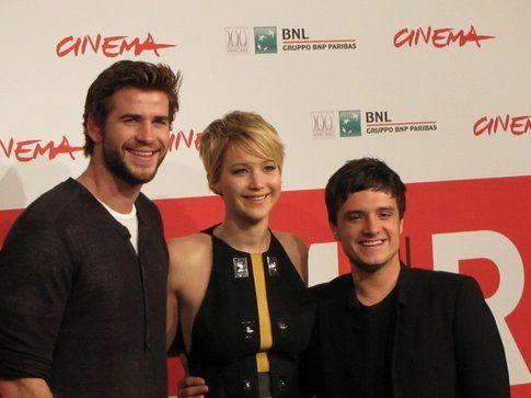 Liam Hemsworth, Jennifer Lawrence e Josh Hutcherson, al Festival di Roma - foto Movieplayer.it