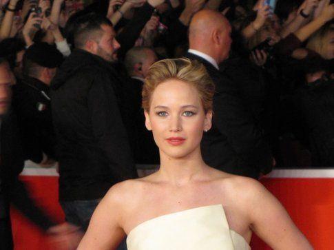 Jennifer Lawrence sul red carpet del Festival del cinema di Roma - foto Movieplayer.it