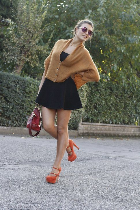 Il mio outfit: maglioncino arancione e gonna a ruota