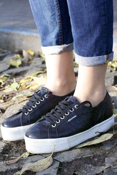 Easy Chic look per le giornate in cui vogliamo stare comode - Superga Sneakers