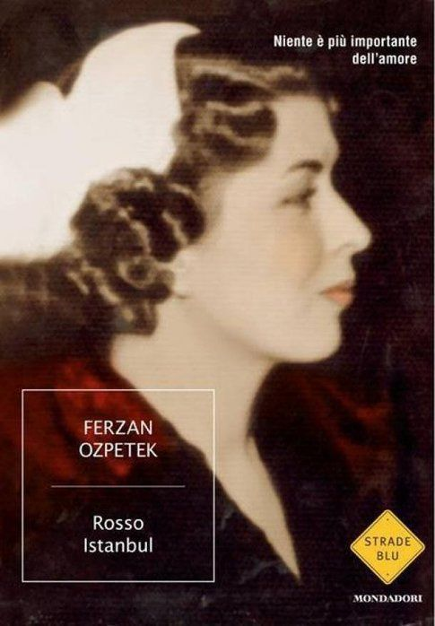 """Copertina di """"Rosso Istanbul"""" - immagine da ufficio stampa Ferzan Ozpetek"""