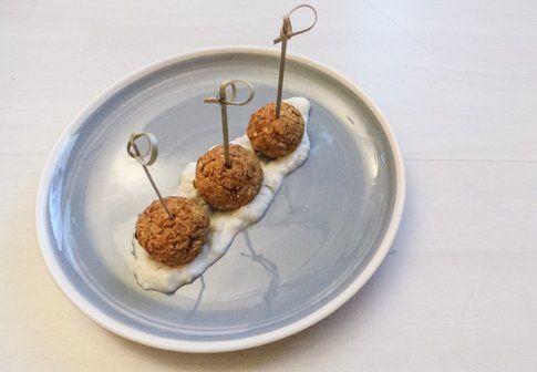 Polpettone di lenticchie con salassa tzatziky