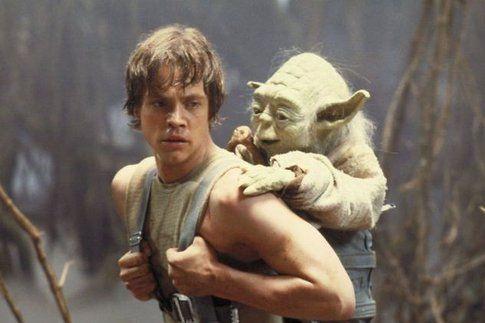 Mark Hamill in una scena da L'impero colpisce ancora (1980) - foto Movieplayer.it