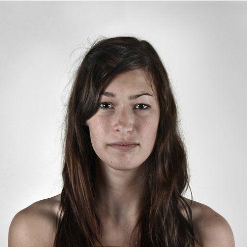 Sorelle: Anne-Sophie, 19 anni & Pascale, 16 anni