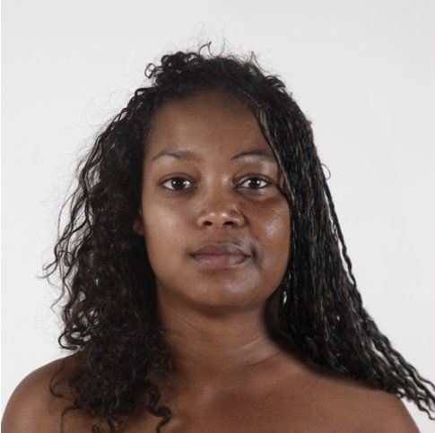 Figlia / Madre: Marie-Pier, 18 anni & N'sira, 49 anni