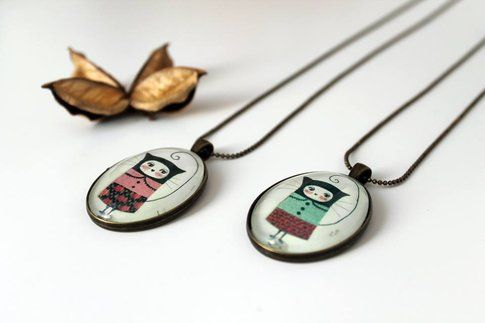 Noe's Mind - Cat medallions