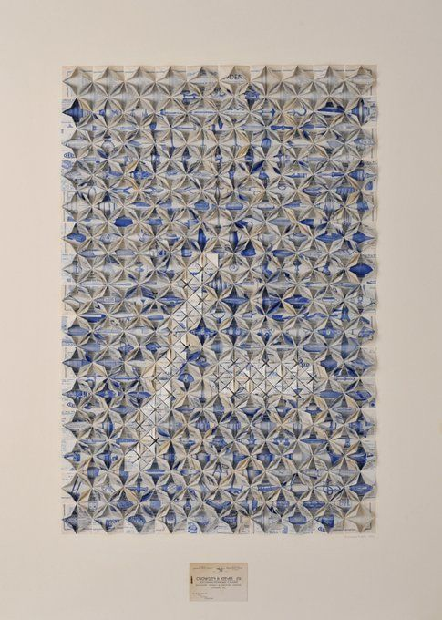 Francisca Prieto Between Folds. Blue Catalogue