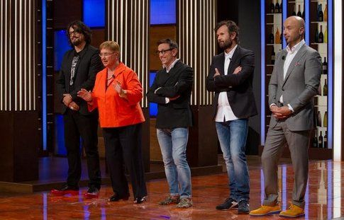 I giudici con Lidia Bastianich ed Alessandro Borghese - foto Ansa.it