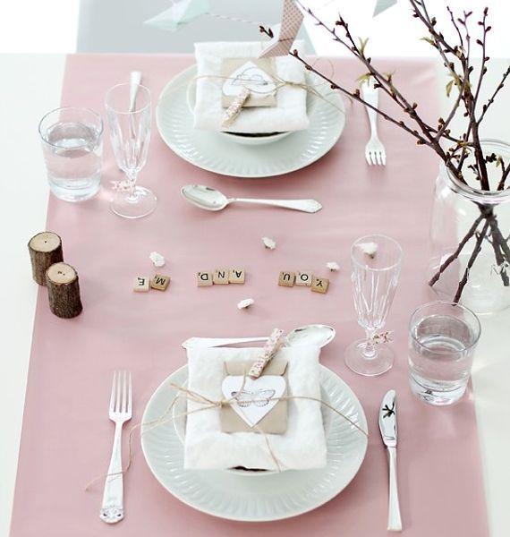 allestire la tavola per san valentino