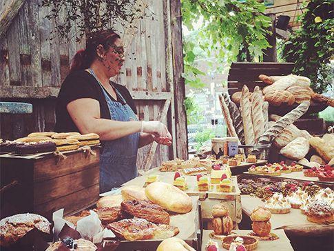 Gli australiani amano il buon cibo. Scena rubata all'Organic Bakery del popolare locale The Grounds, nel quartiere di Alexandria