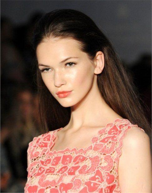 Make-up Primavera 2014: Segui il trend del momento! Fonte: Vogue Italia