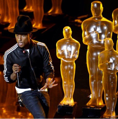 Pharrell Williams agli Oscar - foto by Robert Gauthier via foto Facebook.com/pharrell