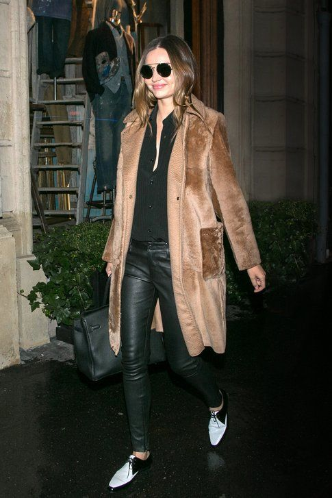 Miranda Kerr indossa il Trudi coat di Max Mara FW 2014