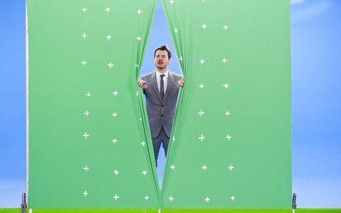 "Alessandro Cattelan in ""E poi c'è Cattelan"" - foto dal sito skyuno.sky.it"