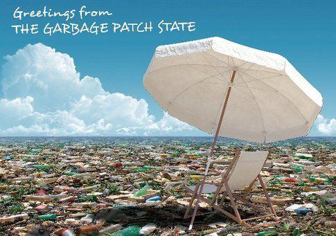 Maria Cristina Finucci Cartolina dal Garbage Patch State