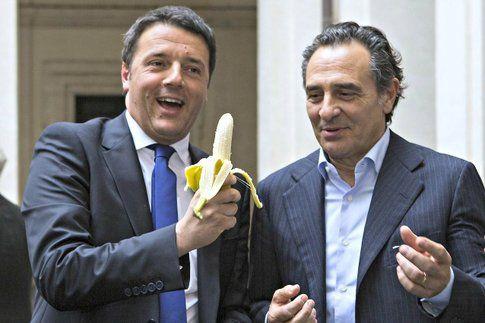 Renzi e Prandelli dimostrano la loro solidarietà ad Alves