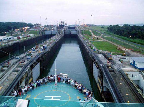 Canale di Panama by http://www.prycom.com/