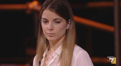 Giulia Innocenzi nella prima puntata di Anno Uno