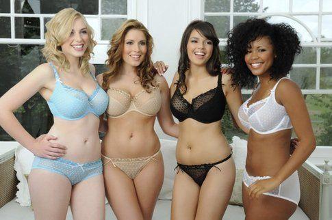 Modelle Curvy di Intimo, fonte: Vogue.it