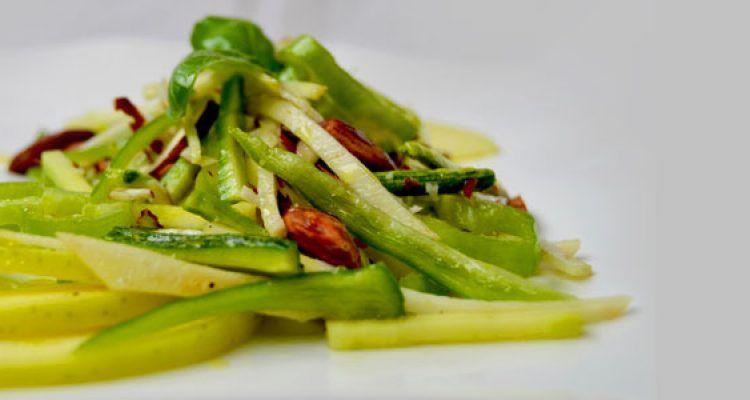 L 39 insalata leggera senza insalata sedano rapa zucchine for Cucinare friggitelli