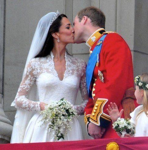 Bacio tra Kate e William