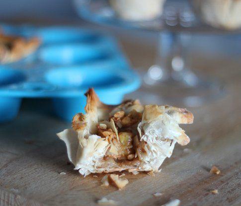 la ricetta dei cestini croccanti alle albicocche e mandorle