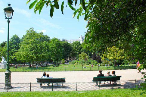 L'atmosfera di Parigi in estate - foto di Elisa Chisana Hoshi